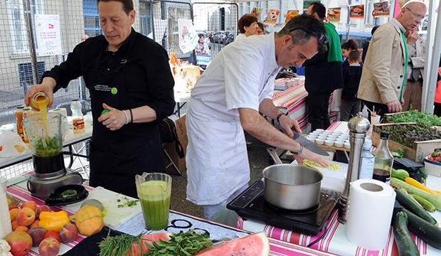 La fête des fruits et légumes frais sur le marché de Jacquard !