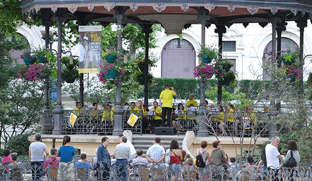Music on Jaurès Saint-Étienne
